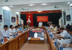 Đồng chí Nguyễn Văn Quang, Chủ tịch UBND tỉnh chủ trì hội nghị.