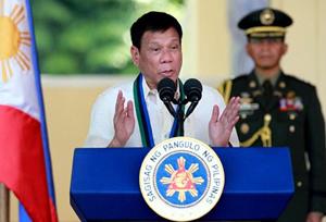 Tổng thống Phi-líp-pin phát biểu tại Ma-ni-la về cuộc chiến chống ma túy. Ảnh: AP .
