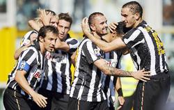 Sự xuất hiện của những đội như Juventus có giúp cho giải đấu này hấp dẫn hơn?