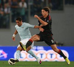 Ibrahimovic đã có bàn thắng đầu tiên ở Serie A
