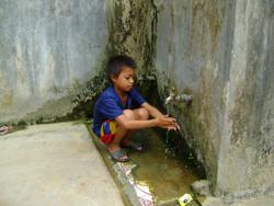 Nhờ có công trình phụ vệ sinh đã góp phần giảm ô nhiễm môi trường trên địa bàn xã