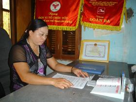 Chị Nga luân tâm huyết với sự nghiệp thể dục - thể thao của huyện Lạc Sơn .