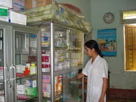 Trạm y tế xã Trung Bì, huyện Kim Bôi là 1 trong số 78 trạm y tế đạt chuẩn Quốc gia của tỉnh.
