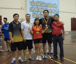 Lần đầu tham dự giải, đội tuyển Hội Nhà báo tỉnh đã thi đấu khá thành công với 2 huy chương đồng đơn nữ và đôi nam- nữ.