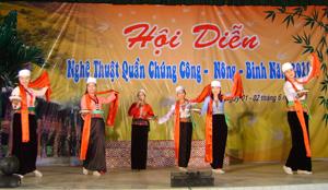 Hội diễn nghệ thuật công - nông binh được tổ chức hàng năm đã góp phần làm phong phú hơn đời sống tinh thần của nhân dân.