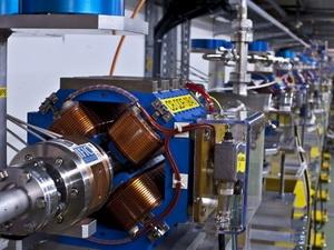Máy gia tốc tuyến tính nén mang tên CLIC. (Nguồn: CERN)