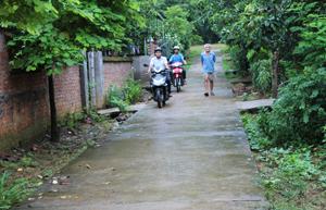 Hiện, các con đường liên xóm Nà Sài đã được bê tông hoá hơn 90%.
