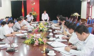 Đồng chí Trần Đăng Ninh, Phó Chủ tịch UBND tinh, Phó Trưởng ban Thường trực BCĐ, Trưởng Ban tổ chức Ngày hội phát biểu kết luận hội nghị.