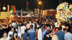 Đêm hội tại thị trấn huyện Mộc Châu.