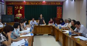 Đồng chí Bùi Thị Thanh, Phó Chủ tịch Ủy ban Trung ương MTTQ Việt Nam, Trưởng đoàn công tác phát biểu tại buổi làm việc.