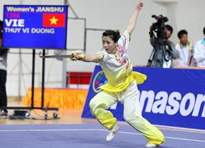Võ sĩ u-su Dương Thúy Vi thi đấu xuất sắc, đoạt Huy chương vàng.