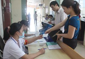Bệnh viện đa khoa tỉnh đã đổi mới phong cách thái độ phục vụ từ khâu đón tiếp bệnh nhân.