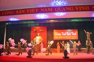 """Màn hát múa """"Hào khí Việt Nam""""."""