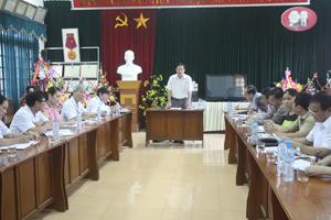 Đồng chí Bùi Văn Cửu, Phó Chủ tịch Thường trực UBND tỉnh phát biểu tại buổi làm việc.